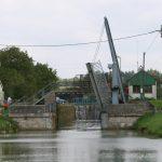 Hebebrücke in Fains-les-Sources (Canal de la Marne au Rhin)
