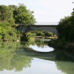 Enge Durchfahrt auf dem Canal de l'Est branche Nord