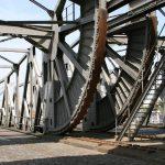 Die Mechanik einer Hebebrücke im Hafen von Antwerpen