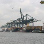 Löschkräne im Hafen von Antwerpen (Löschen = Entladen)