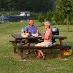 Picknickplatz bei der Schleuse von Fontenoy an der Aisne
