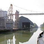 Kornverladestelle vor Chaumont (Canal de la Marne à la Saône)