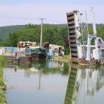Schleuse und Hebebrücke am Canal de la Marne