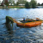 Der Hafen von Roanne wird von Wasserpflanzen befreit