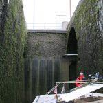 Schleuse im Canal Saint-Denis mitten in Paris