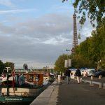 Der Port de Grenelle in Paris – in Sichtweite zum Eiffelturm