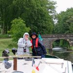 Silvia Bruppacher und Charlotte Huber in Baye (Canal du Nivernais)