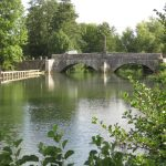 Brücke über den Armançon bei Nuits