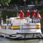 Swiss hire boaters in Paris