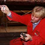 EFM expert Peter Voerman measures hull thickness