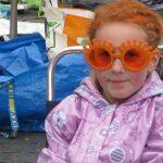 Am Königinnentag trägt frau orange