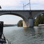 Eisenbahnbrücke über die Seine vor Melun