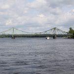 Glienickerbrücke über die Havel zwischen Berlin und Potsdam