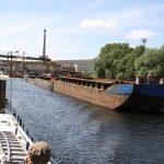 Industrie an und Frachtverkehr auf der Havel in Berlin
