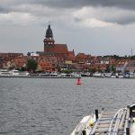 Einlaufen in den Stadthafen von Waren (Müritz)