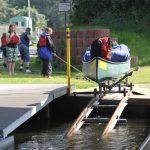 Rutsche für Wanderboote bei einer Schleuse