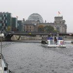 Auf der Spree durch das Zentrum von Berlin