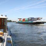 Auf dem Rhein bei Dordrecht