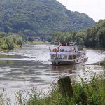 Ausflugsschiff auf der Oberweser