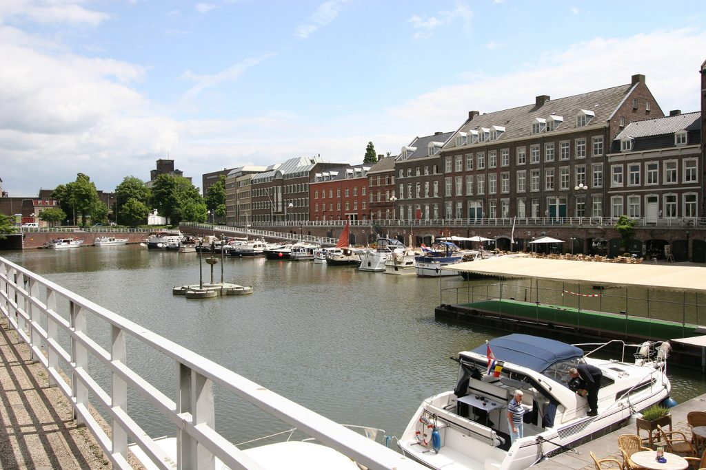«t'Bassin», der alte Stadthafen von Maastricht