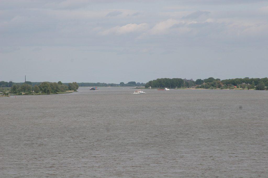 Der Rhein heisst hier Boven Merwede