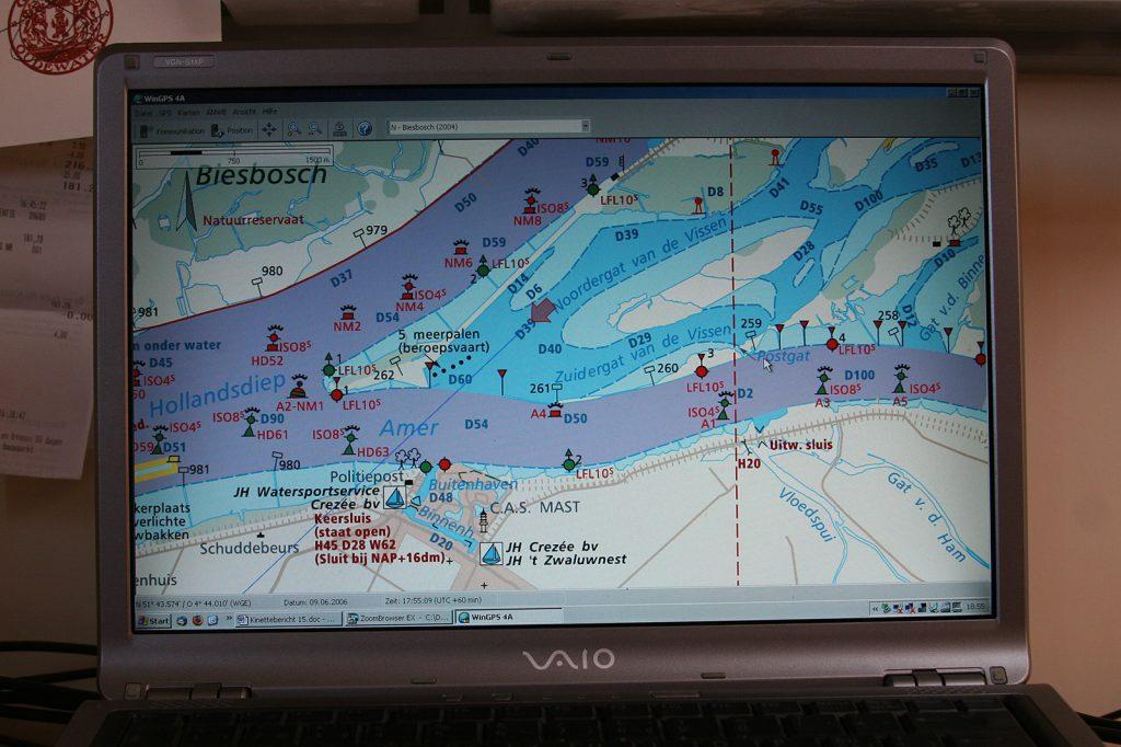 Digitalisierte Wasserkarte plus GPS weisen uns den Weg