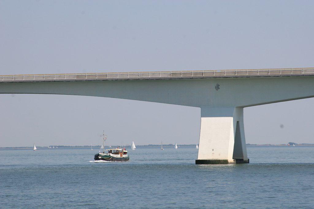 Unter der Zeelandbrücke