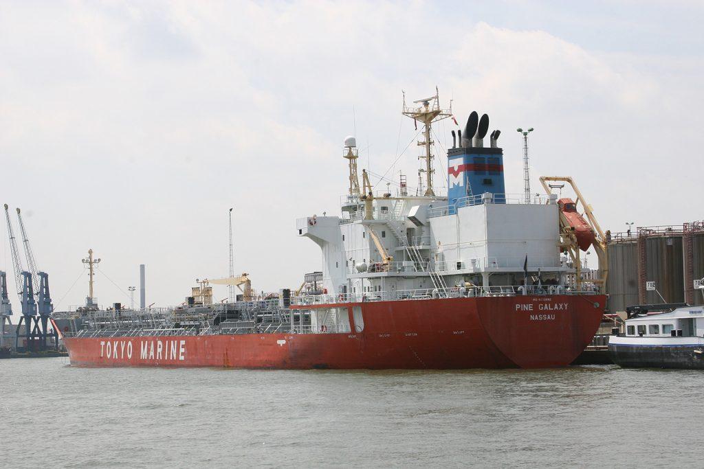 Schiffe aus aller Herren Länder
