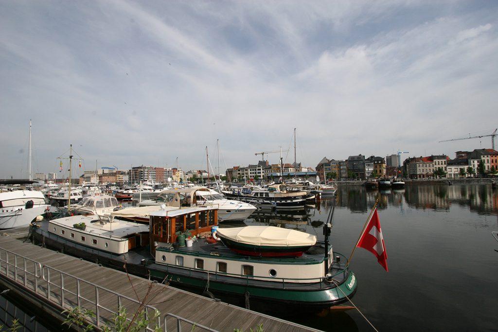 Im Jachthafen Willemdok in Antwerpen