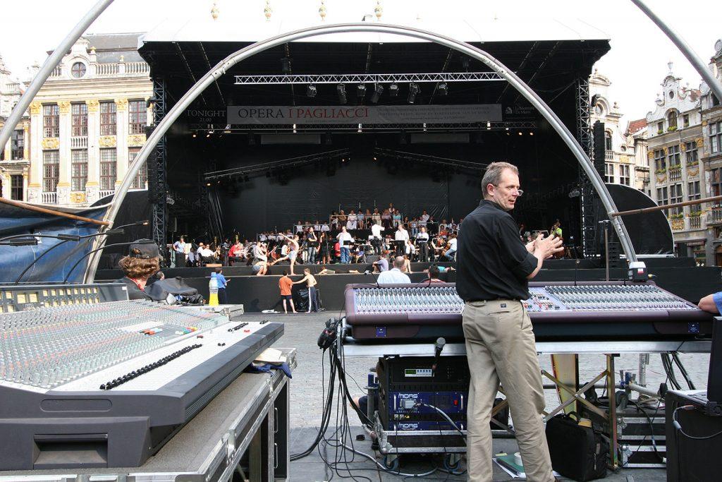 Generalprobe einer Opernaufführung auf der Grand-Place