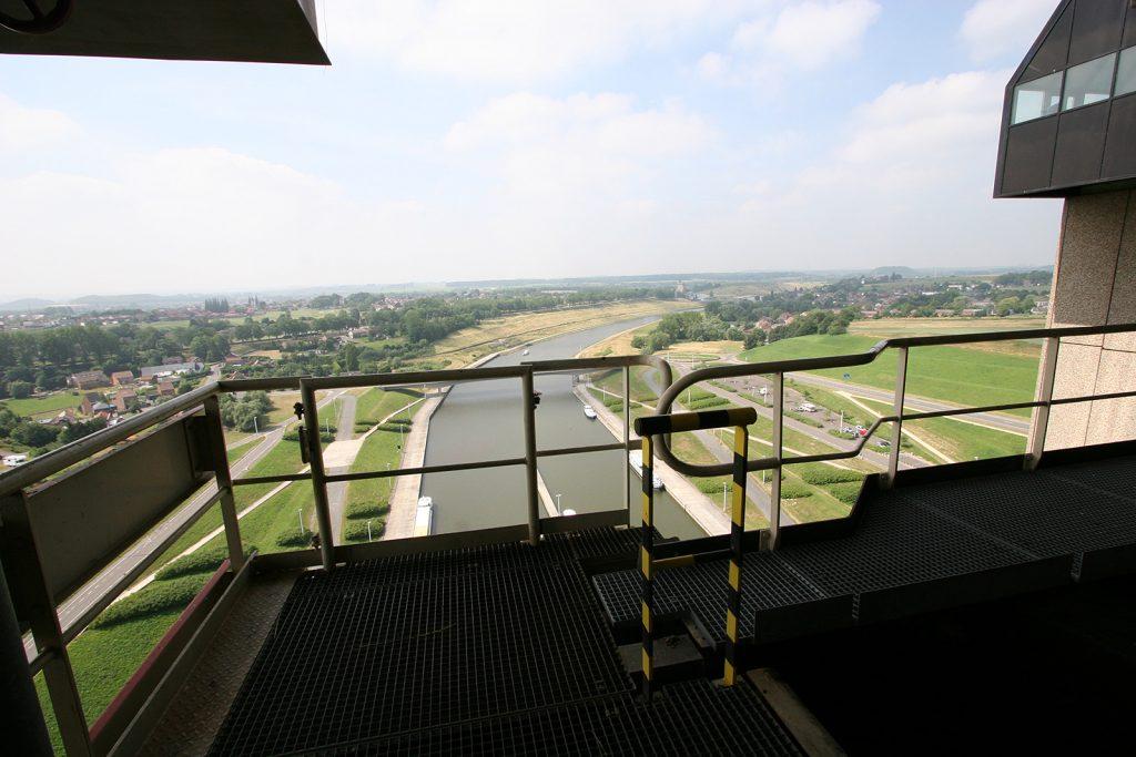 Blick aus dem Schiffslift von Strépy-Thieu