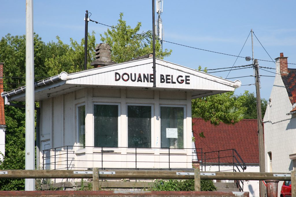 Das verlassene Zollhäuschen an der belgisch-französischen Grenze