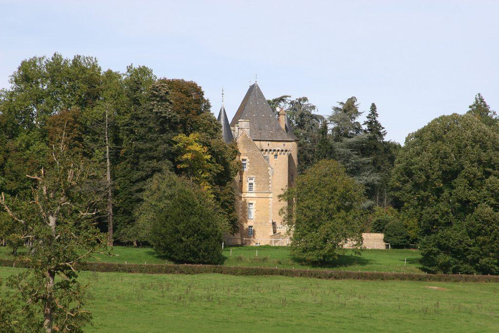 Château Tremblay am Canal du Nivernais