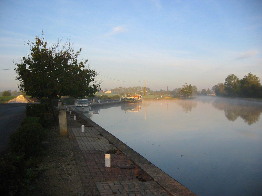 Morgenstimmung am Canal latéral à la Loire