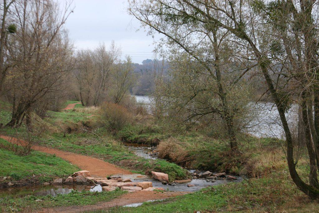 Wanderweg entlang der Loire