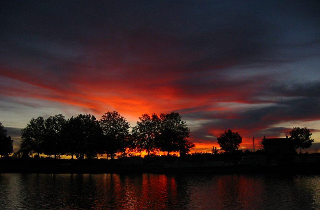 Morgenstimmung im Hafen von Roanne