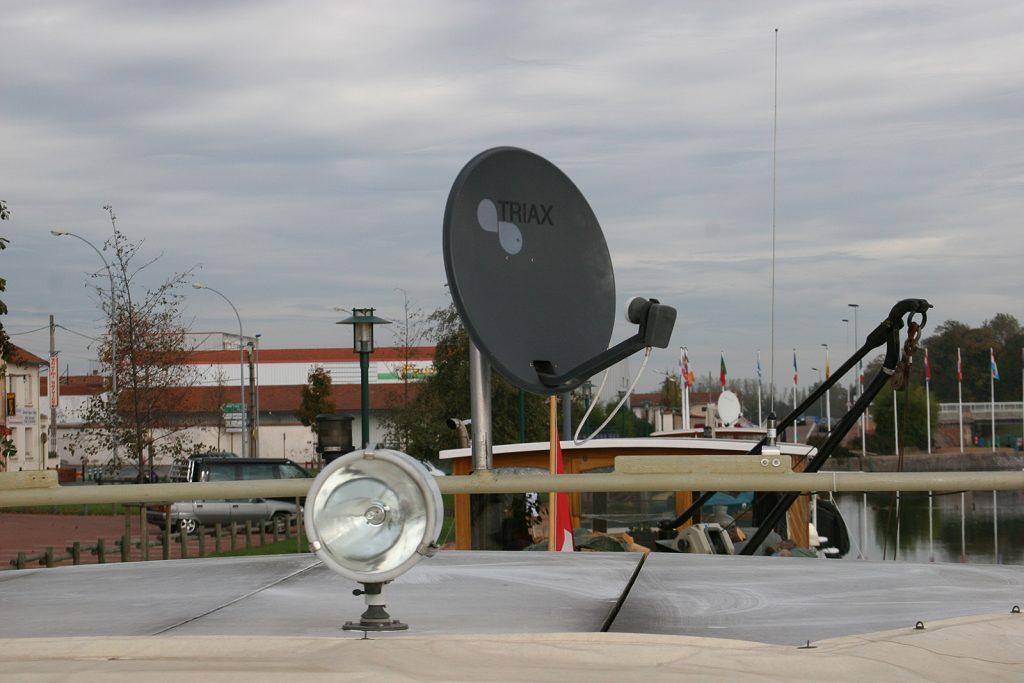 Der Satellit liefert uns 1200 Sender an Bord