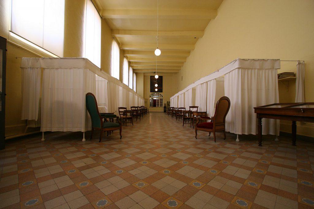 Krankensaal im alten Spital von Charlieu
