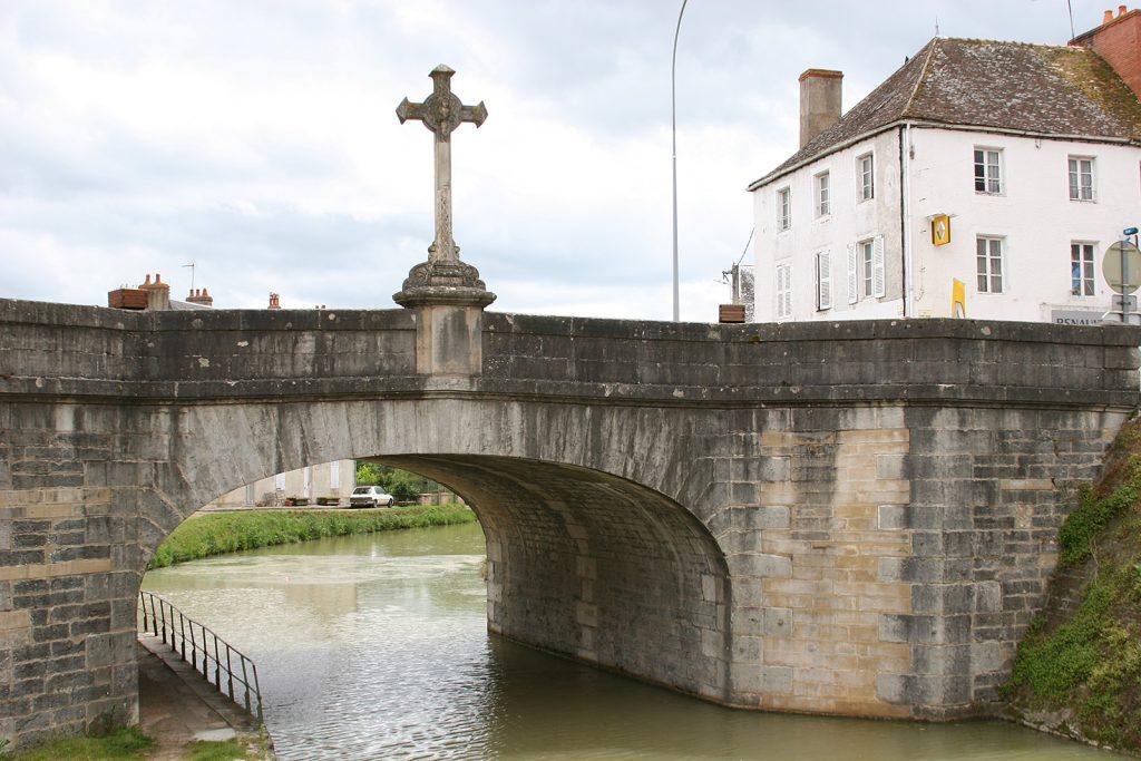Eine schwierige Passage bei Châtillon-en-Bazois
