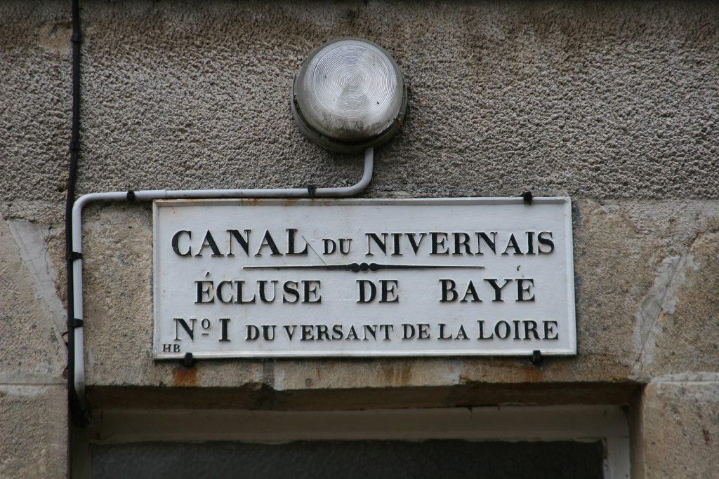 Schleuse Nr. 1 des Canal du Nivernais