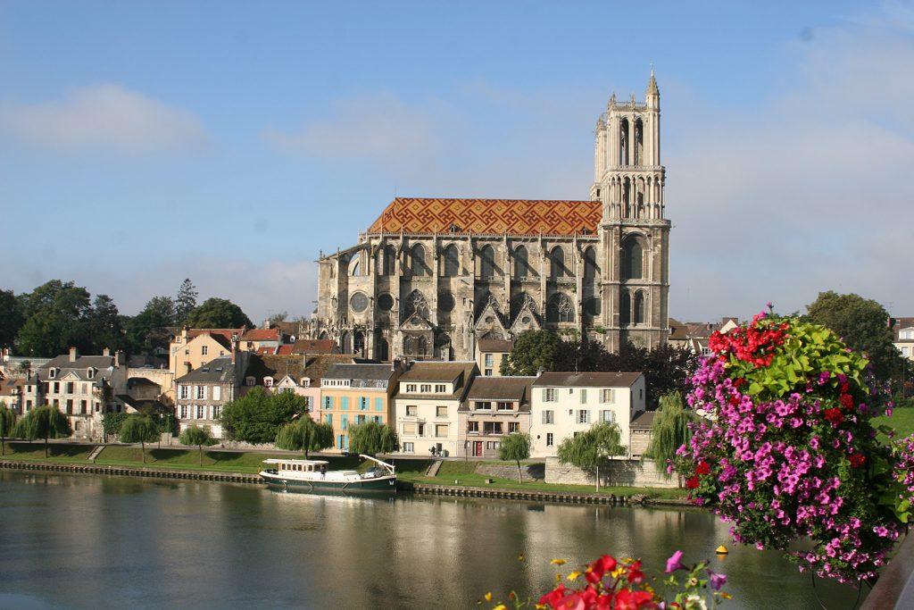 Die Collégiale de Notre-Dame von Mantes-la-Jolie