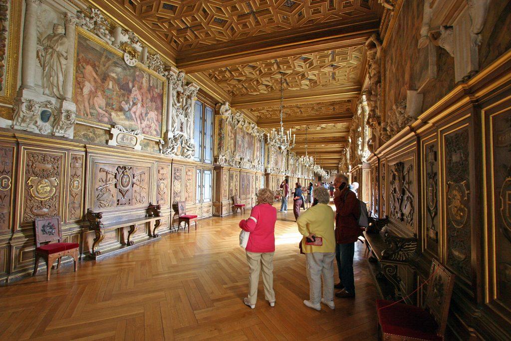Königlicher Prunk im Schloss Fontainebleau