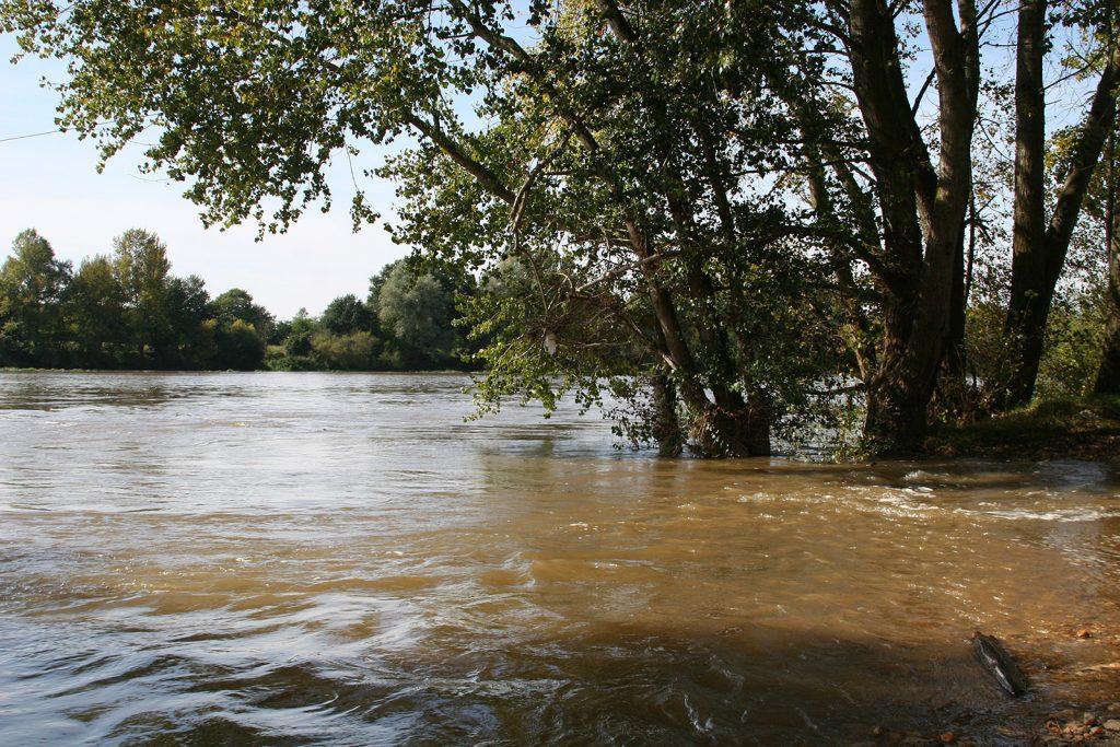 Die Loire nach ausgiebigen Regenfällen