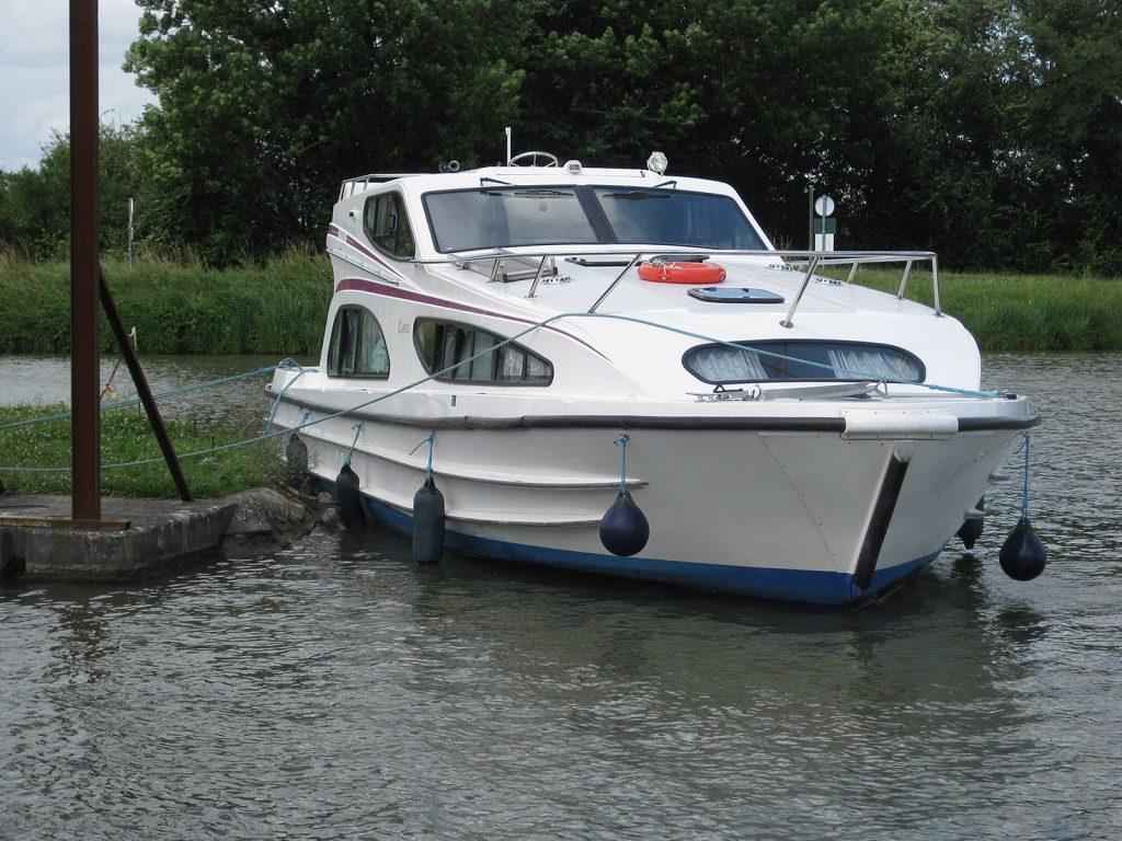 Würden Sie mit Ihrem eigenen Schiff so anlegen?