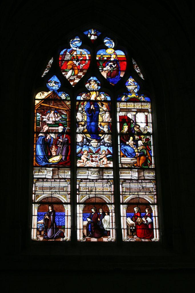 Kirchenfenster aus dem 16. Jahrhundert in St-Florentin
