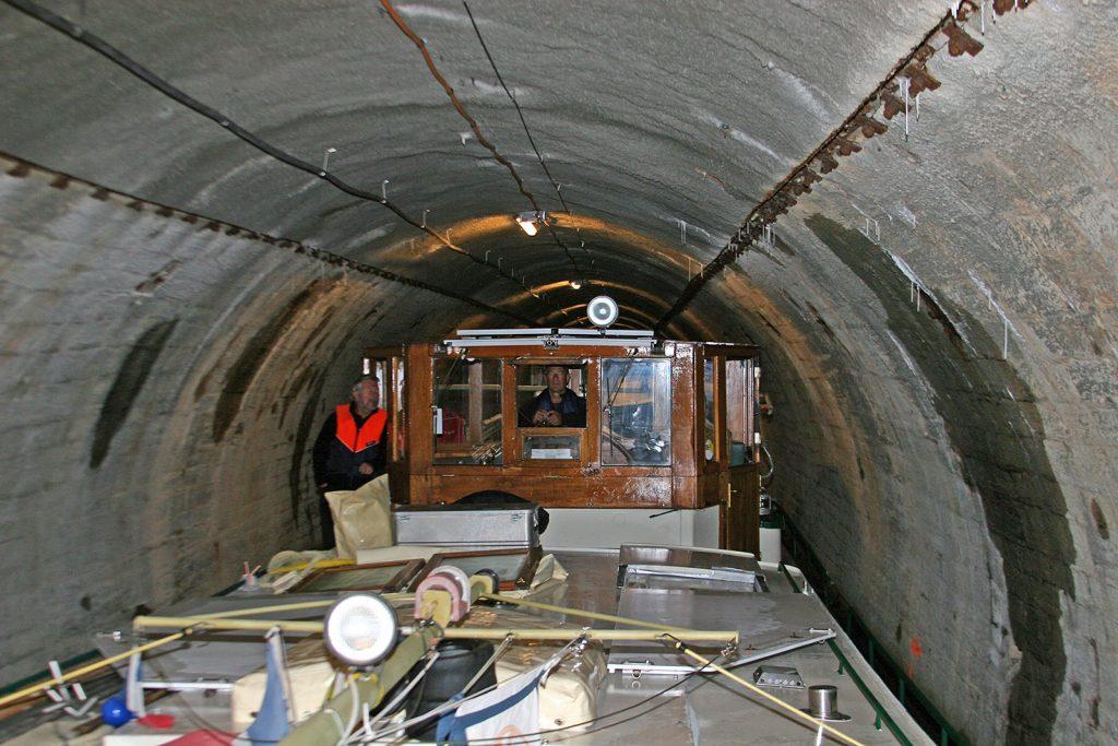 Im Tunnel von Pouilly