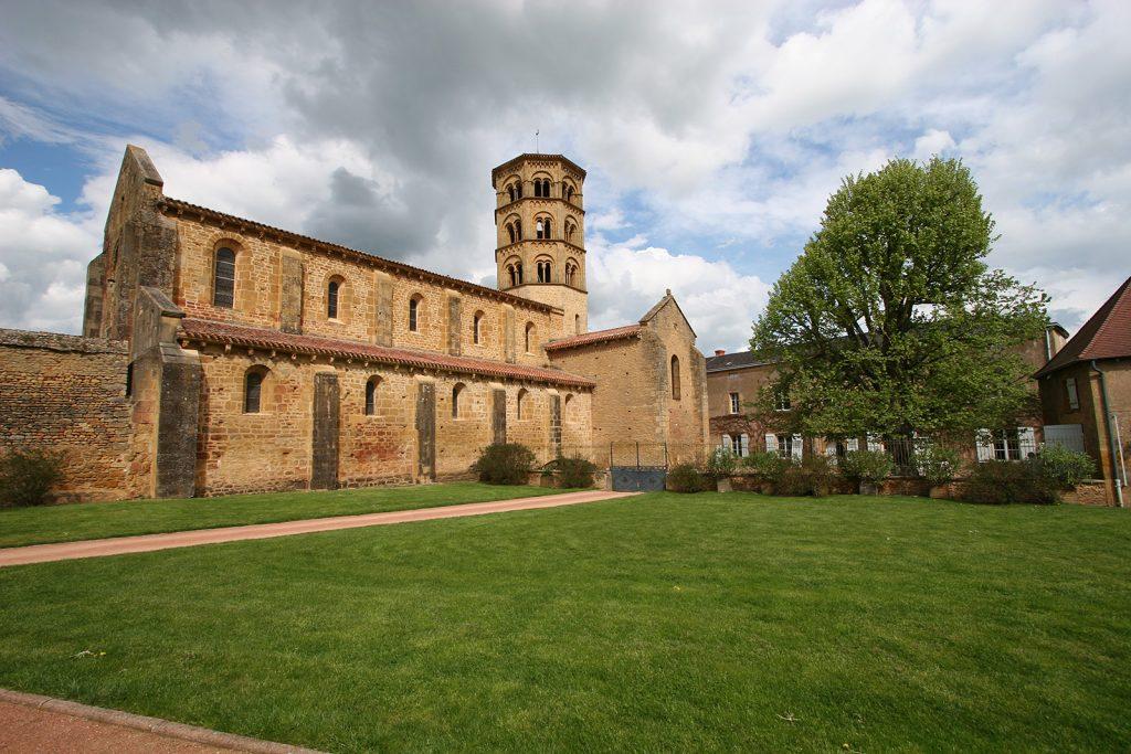 Die romanische Kirche von Anzy-le-Duc en Brionnais