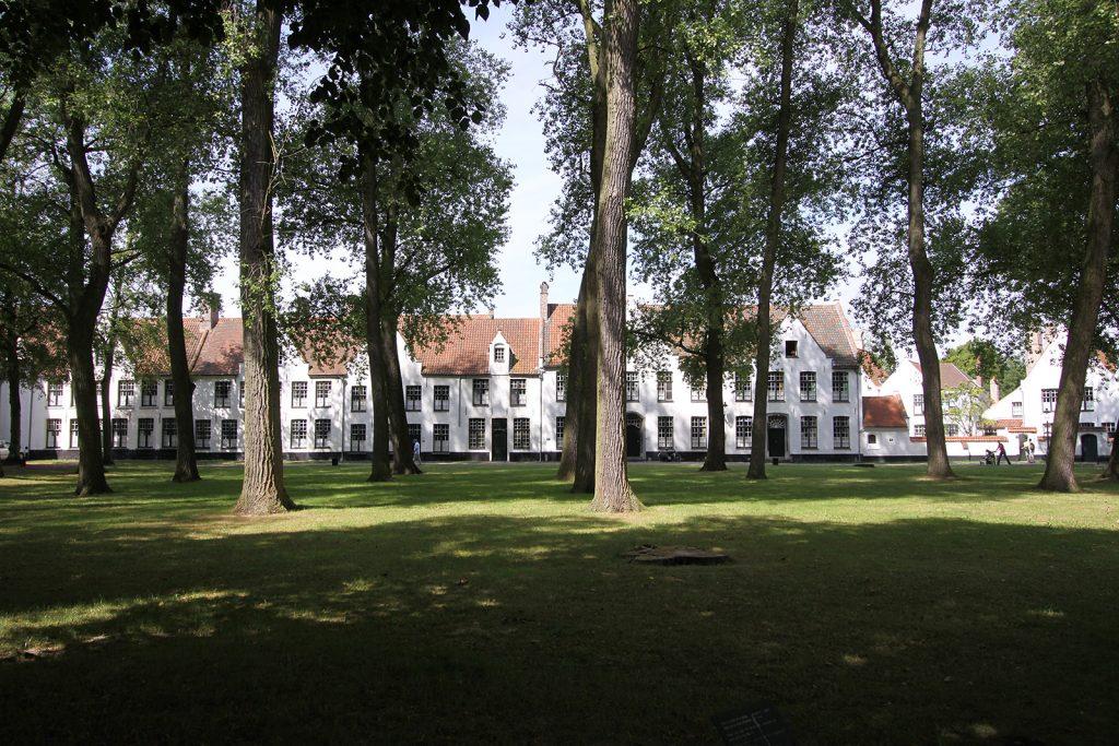 Der Beginenhof mitten in Brügge