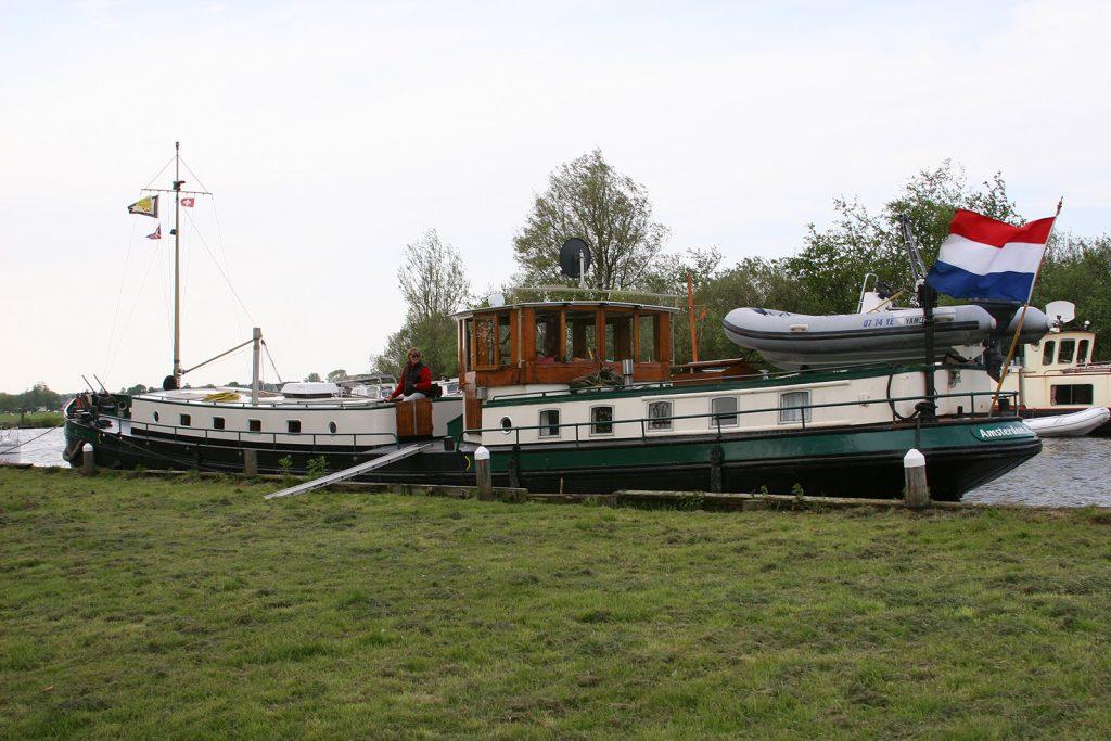 Das Speedboot gehörte zum Inventar