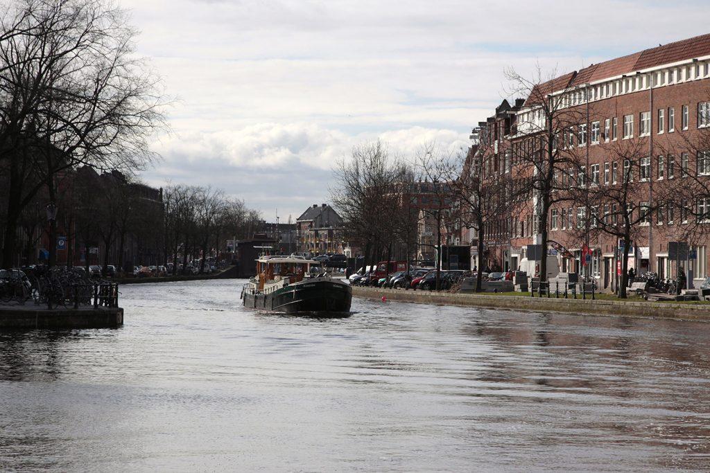 Fahrt durch Amsterdam